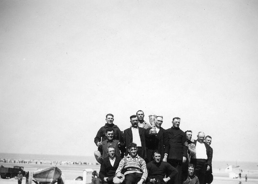 E020853 Sauveteur - reddingsoefening aan de kust in De Panne