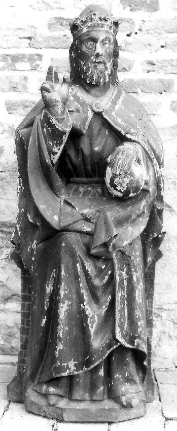 M239361 Christus Zaligmaker met wereldbol